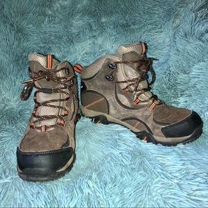 HI-TEC Hiking Boots Kids Size 6.5 Boys Girls